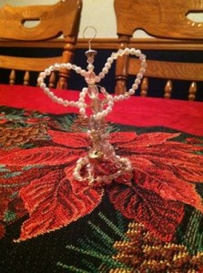 wire wrapped angel (beaded)